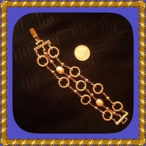 "Bracelet Gold Triple Chain Pearls 7 1/2"" Vintage"